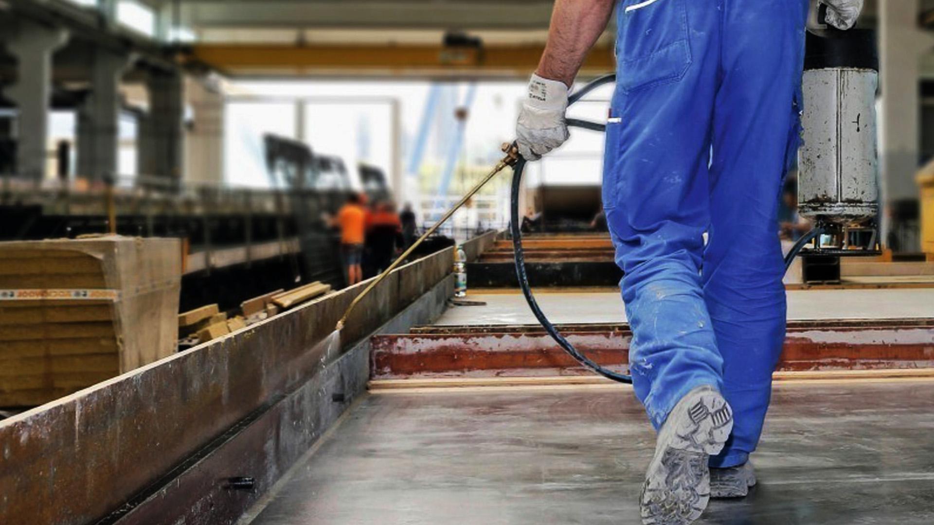 Эмульсол для опалубки жби и бетона