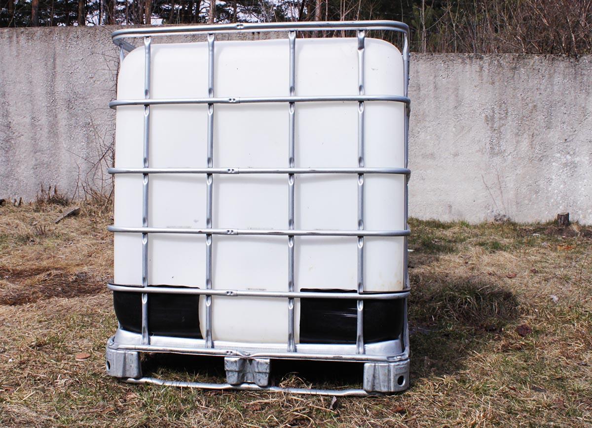 еврокубы 1000 литров в металлической обрешетке